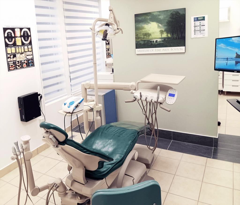 Montreal Westmount Dental Clinic Interior Room 3
